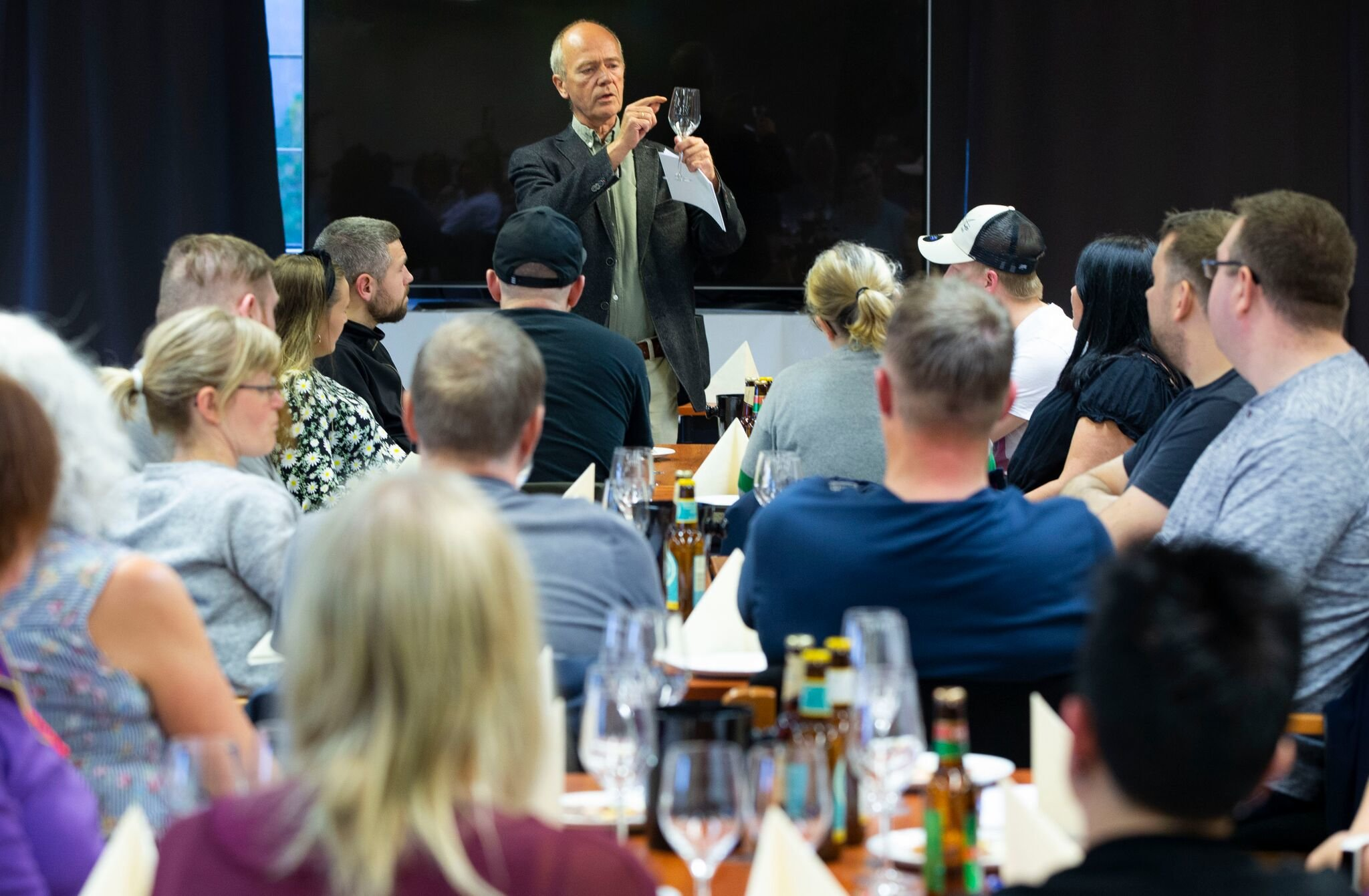 Foredragsholder ølsmaking